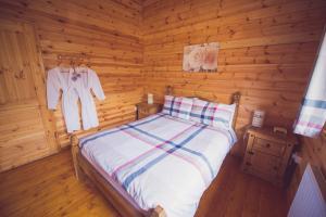 Jay Lodge VIP Bed