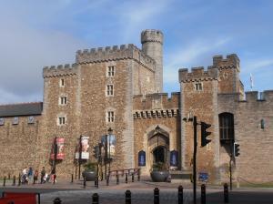 South Gate, Cardiff Castle