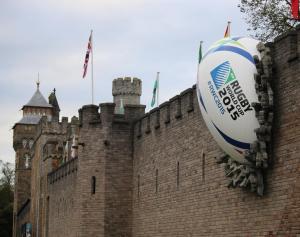 Cardiff_Castle_rugby_ball_2015_RWC
